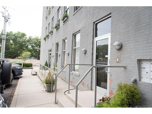 817 Grand Ave 301, New Haven, CT 06511