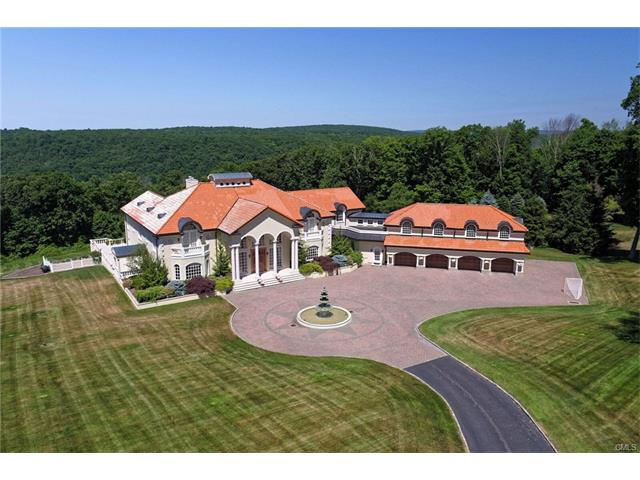 212 Hogs Back Road, Oxford, CT 06478