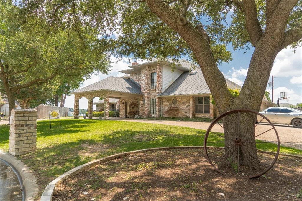 10 Victoria Drive, Rowlett, TX 75088