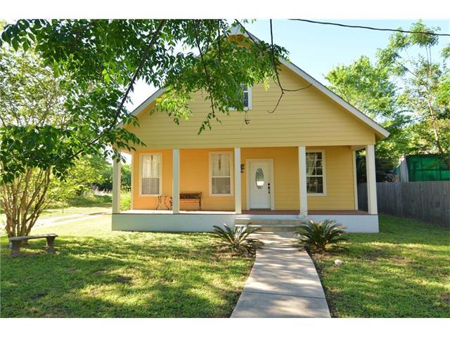 1706 Se 2nd St, Smithville, TX 78957