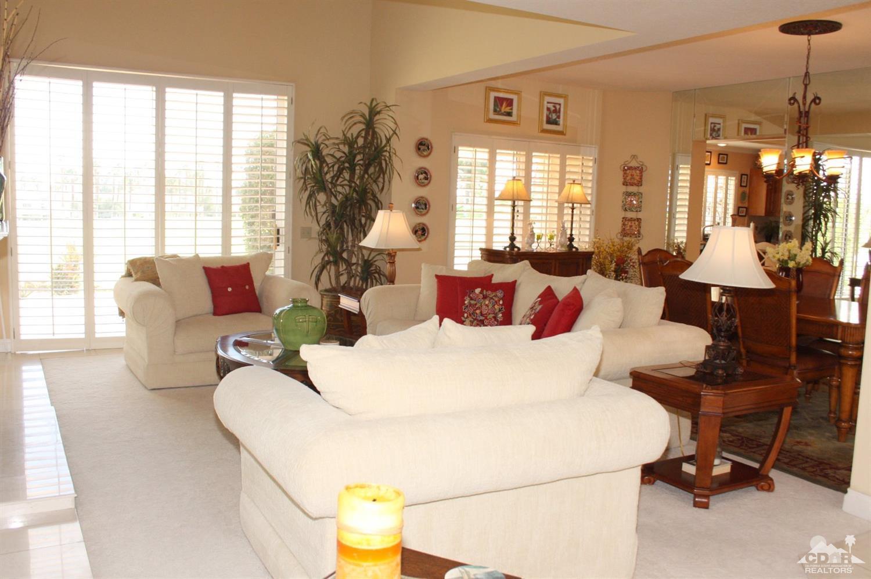 697 Vista Lago Circle N, Palm Desert, CA 92211