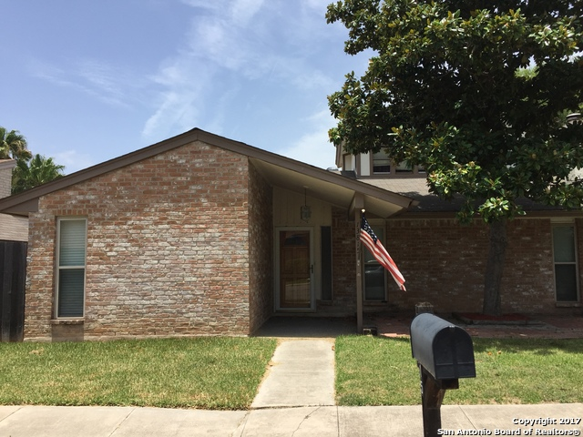 13815 Brays Frst, San Antonio, TX 78217