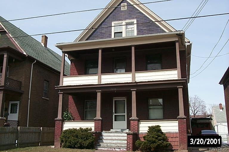 1438 Byrd Avenue, Niagara Falls, NY 14303