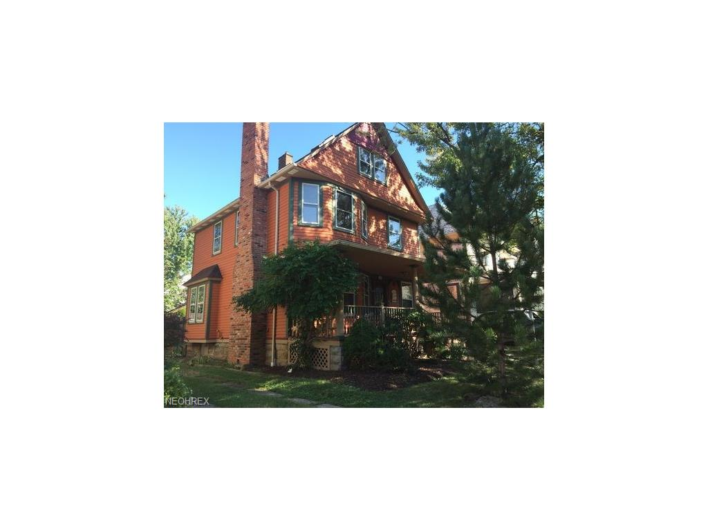 1483 Rosewood Ave, Lakewood, OH 44107