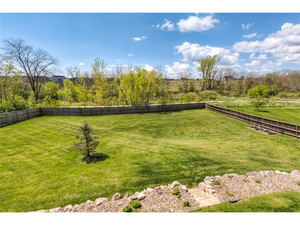 16500 Creekside Circle, Clive, IA 50325