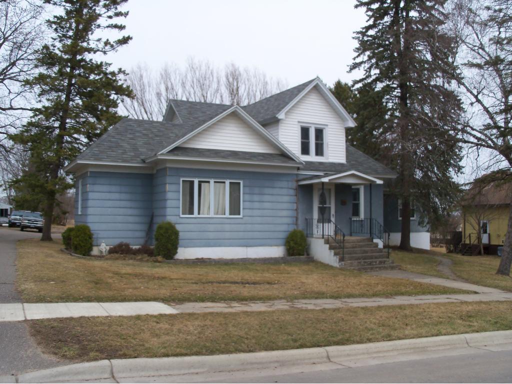 204 Cherry Street NW, Bertha, MN 56437