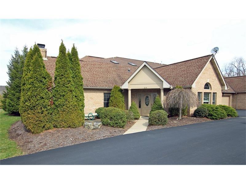 215 Village Green, Canonsburg, PA 15317