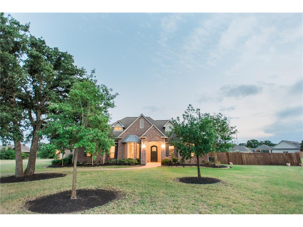 18046 White Fawn Circle, College Station, TX 77845