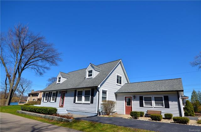 7462 LAKEPOINT ST, West Bloomfield Twp, MI 48323
