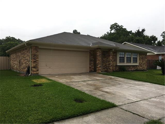 2636 PIN OAK Drive, Marrero, LA 70072