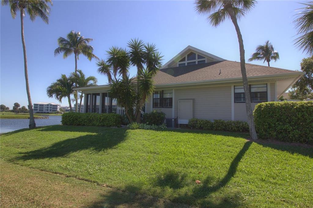 315 NE Golfview Circle, Stuart, FL 34996