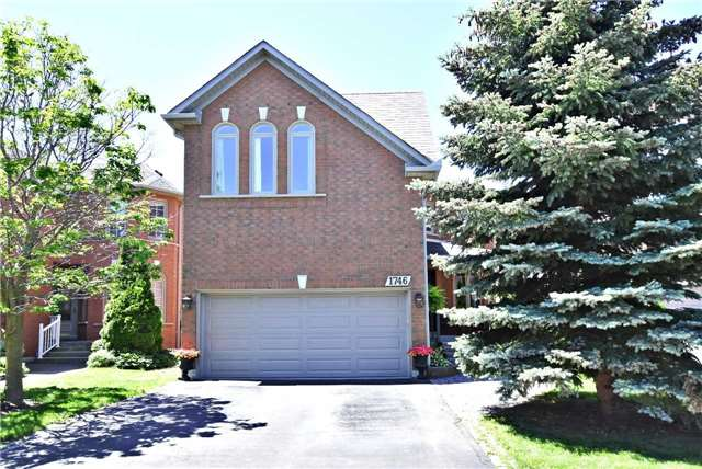 1746 Autumn Cres, Pickering, ON L1V 6X3