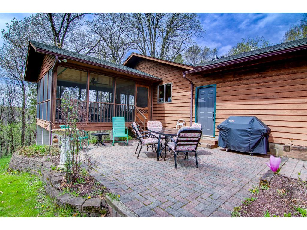 418 Highland View, Houlton, WI 54082