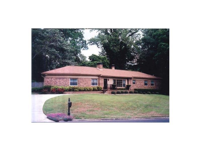 1094 Glenwood Drive, Gainesville, GA 30501