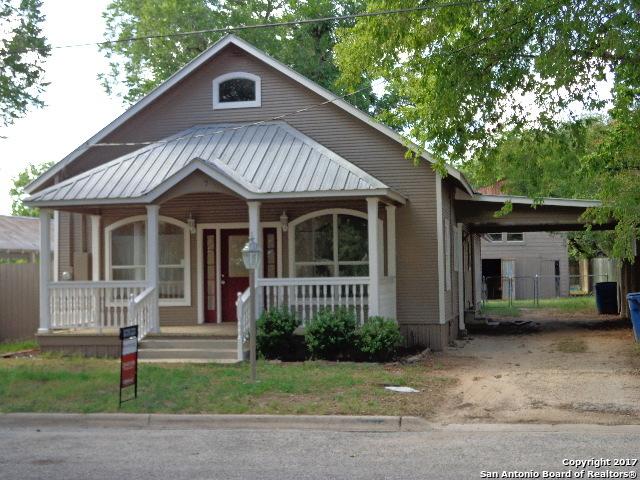 617 SAN ANTONIO ST, Pleasanton, TX 78064