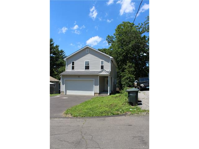 190 Moffitt St, Bridgeport, CT 06606