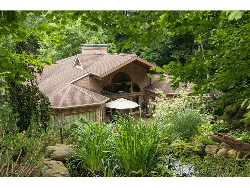 140 Valley View Rd, Eighty Four, PA 15330