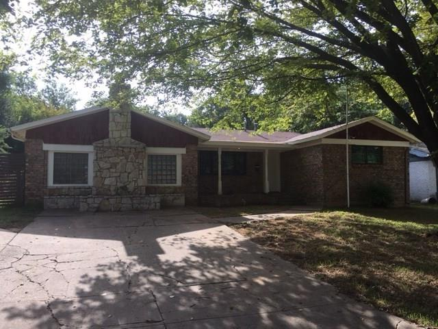 703 Clebud Drive, Euless, TX 76040