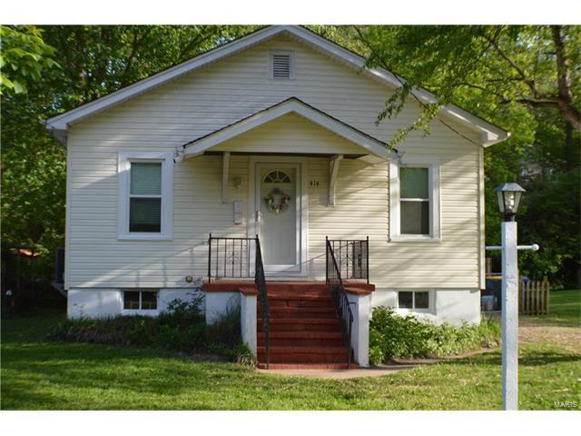 414 W KIRKHAM Avenue, Webster Groves, MO 63119