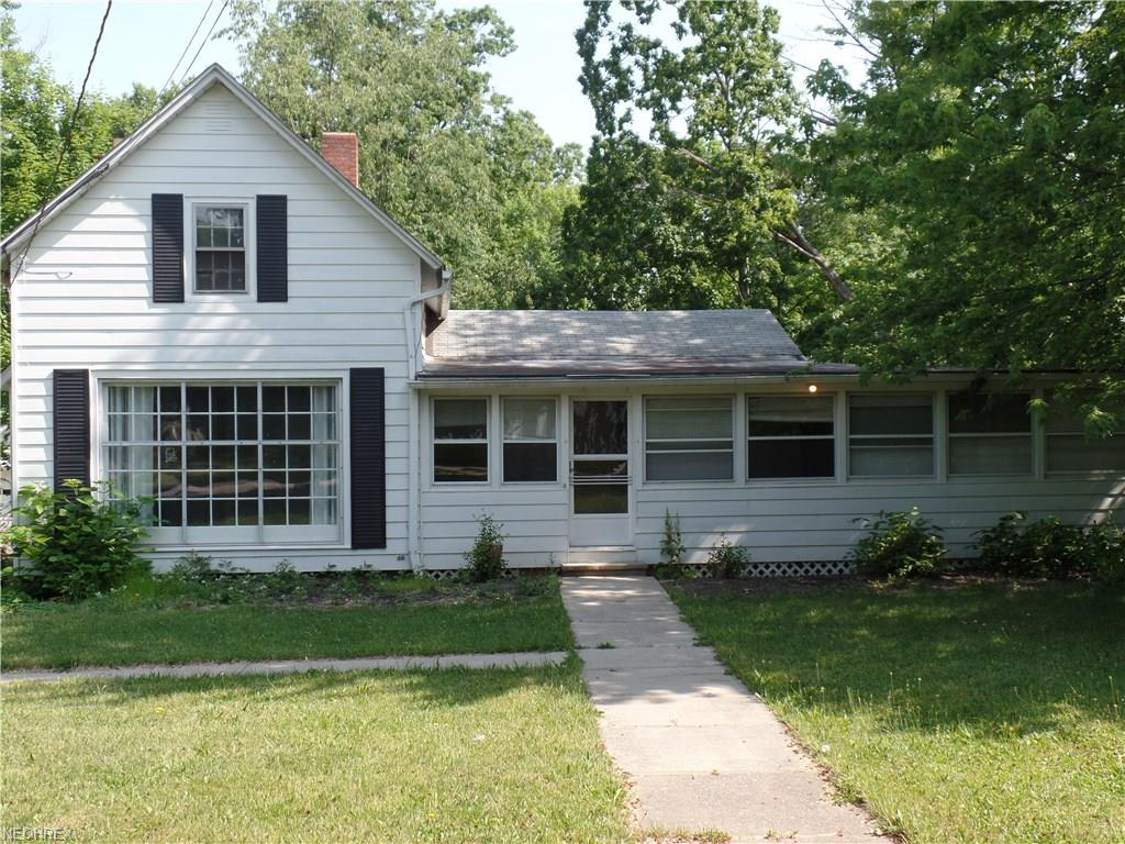 28825 Eddy Rd, Willoughby Hills, OH 44092