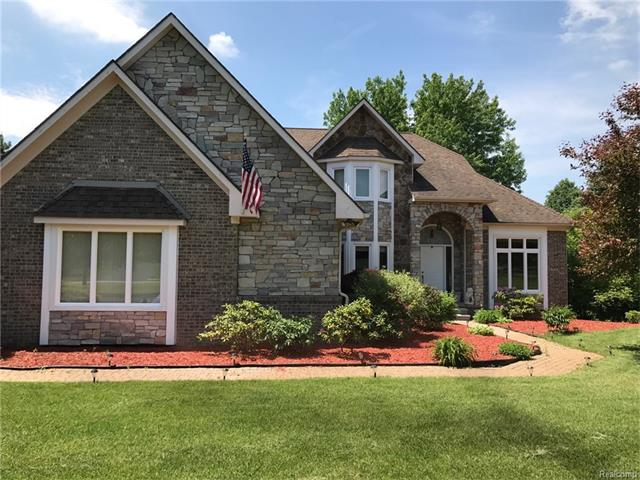1381 VALLEYVIEW Drive, Orion Twp, MI 48348