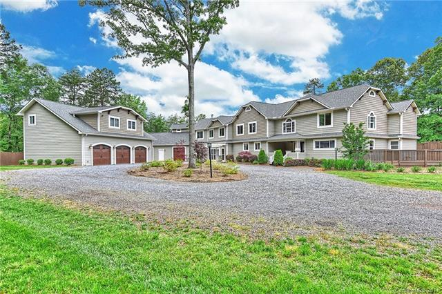 10916 Chestnut Hill Drive, Matthews, NC 28105
