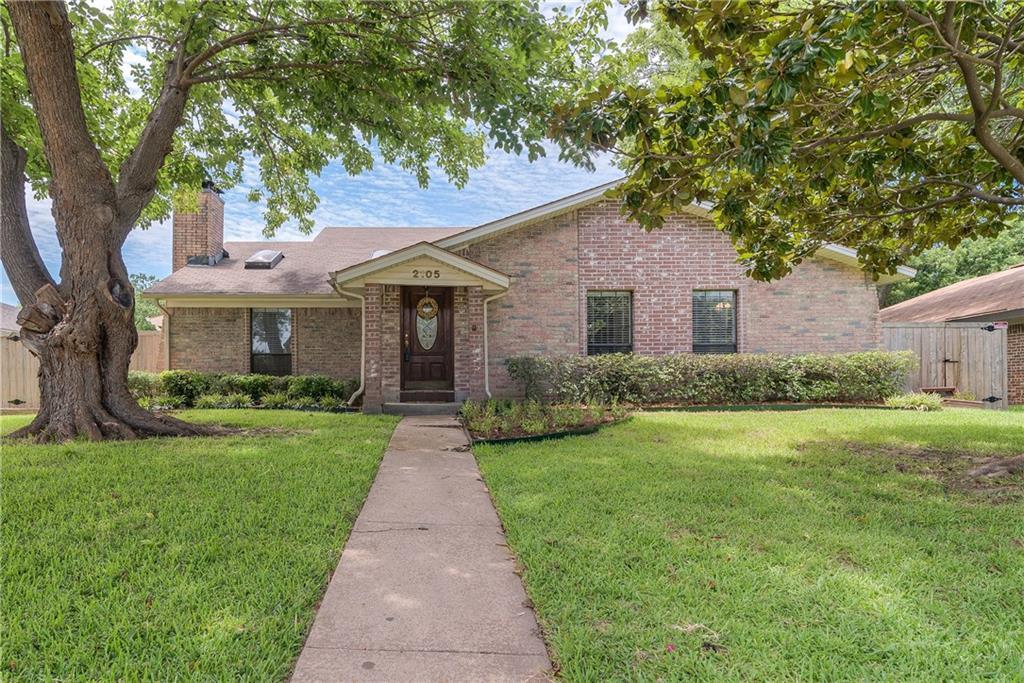 2105 Wheaton Drive, Richardson, TX 75081