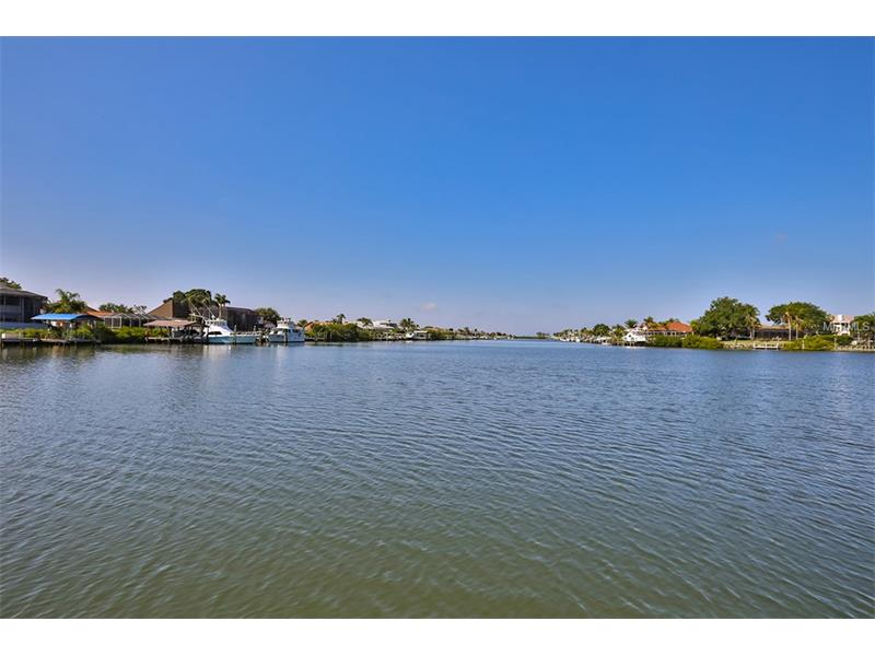 838 SYMPHONY ISLES BOULEVARD, APOLLO BEACH, FL 33572