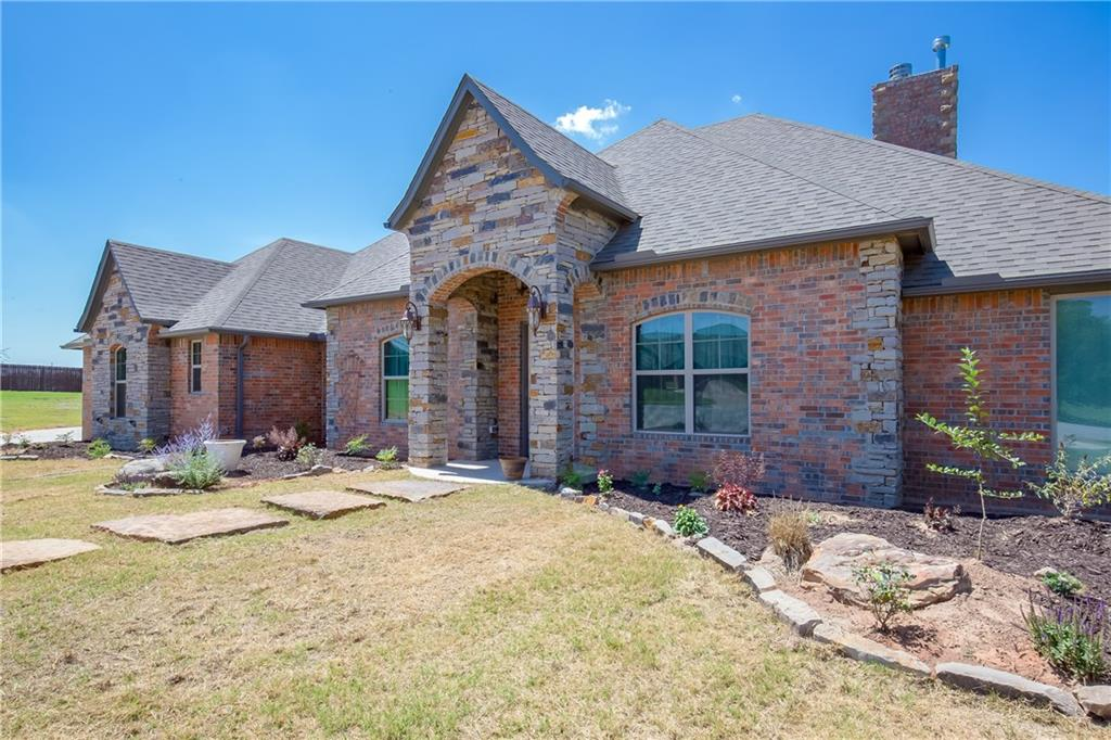 4209 Crystal Springs, Moore, OK 73160
