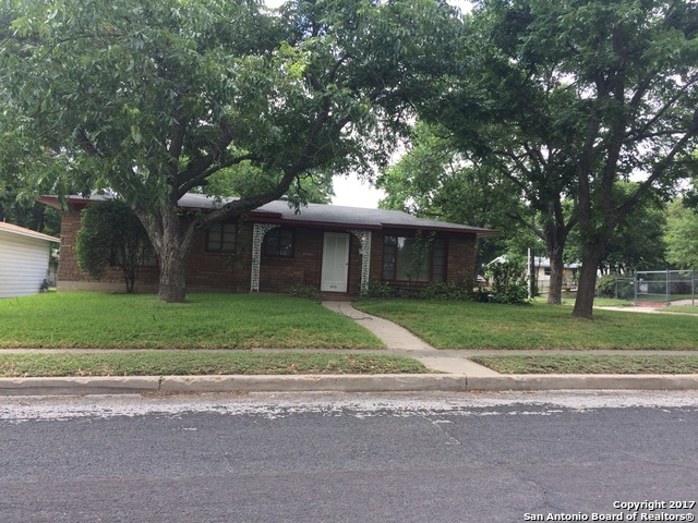 466 SAVANNAH DR, San Antonio, TX 78213