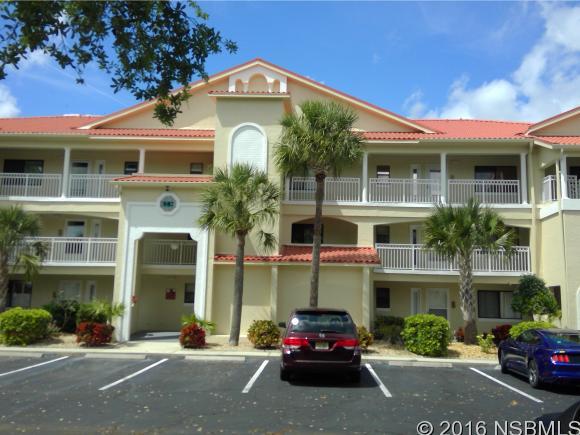 442 Bouchelle Dr 104, New Smyrna Beach, FL 32169