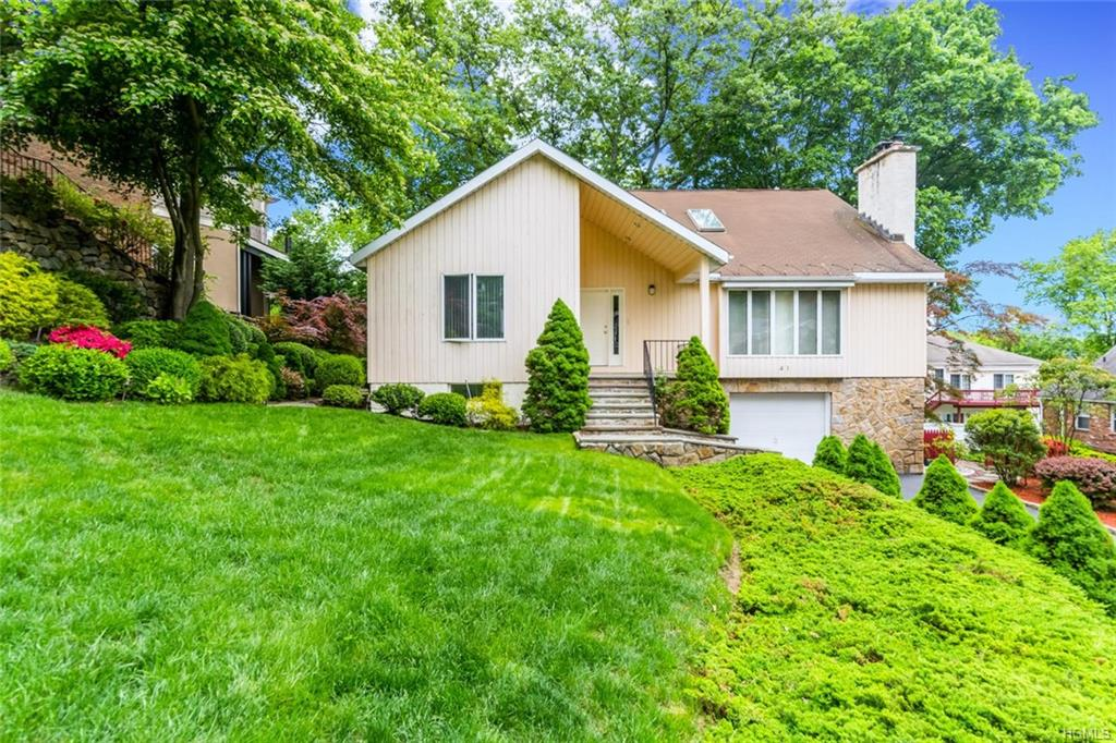 41 S Russell Place, Dobbs Ferry, NY 10522