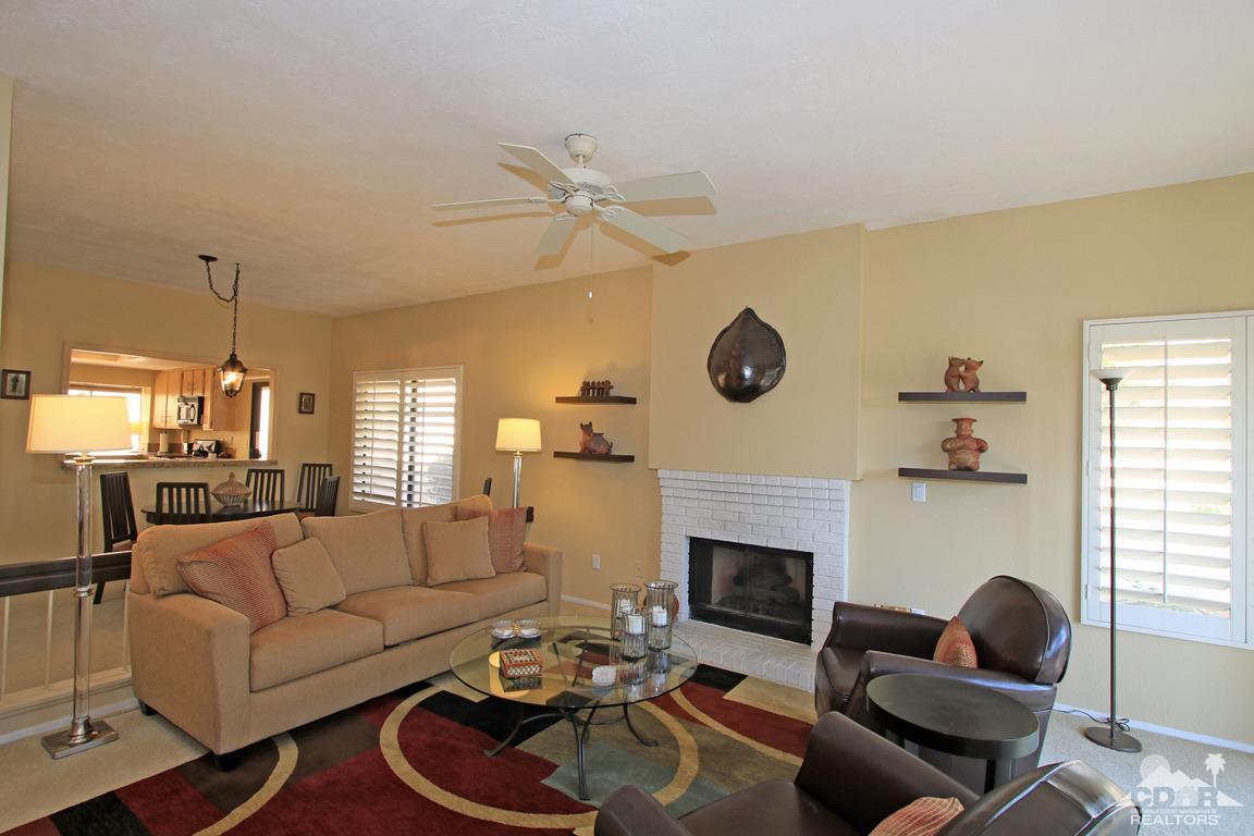 41594 Navarre Court, Palm Desert, CA 92260