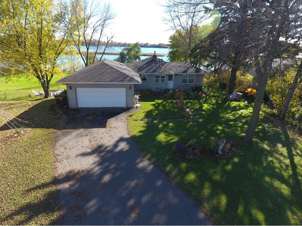 6295 N Shore Drive, Greenfield, MN 55373