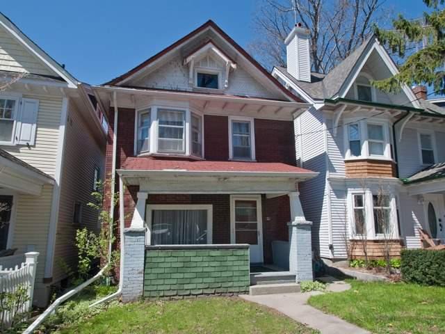 70 Bellefair Ave, Toronto, ON M4L 3T8