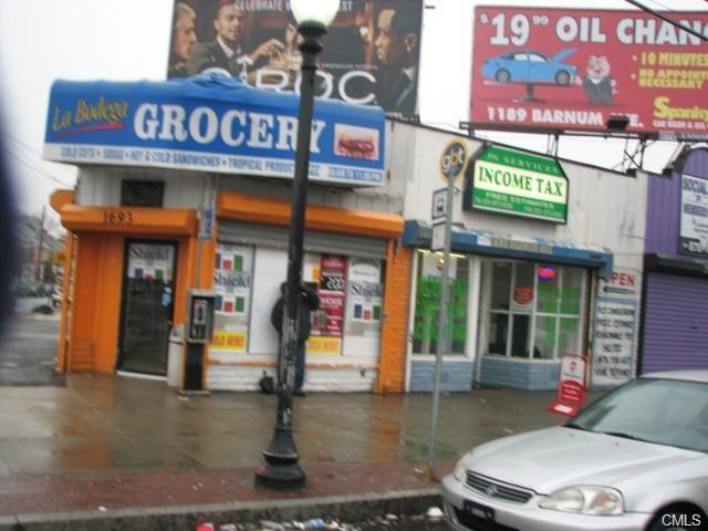 1697 Barnum Avenue, Bridgeport, CT 06610