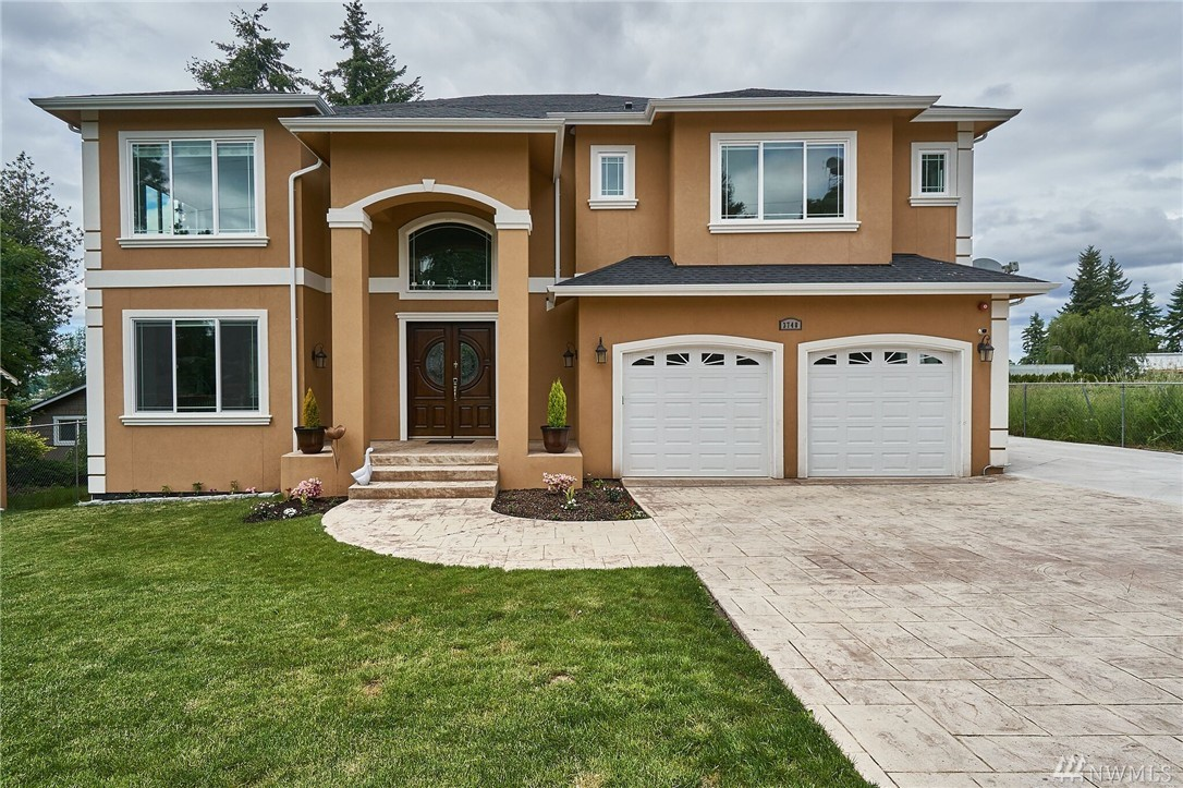 3748 S 164th St, SeaTac, WA 98188