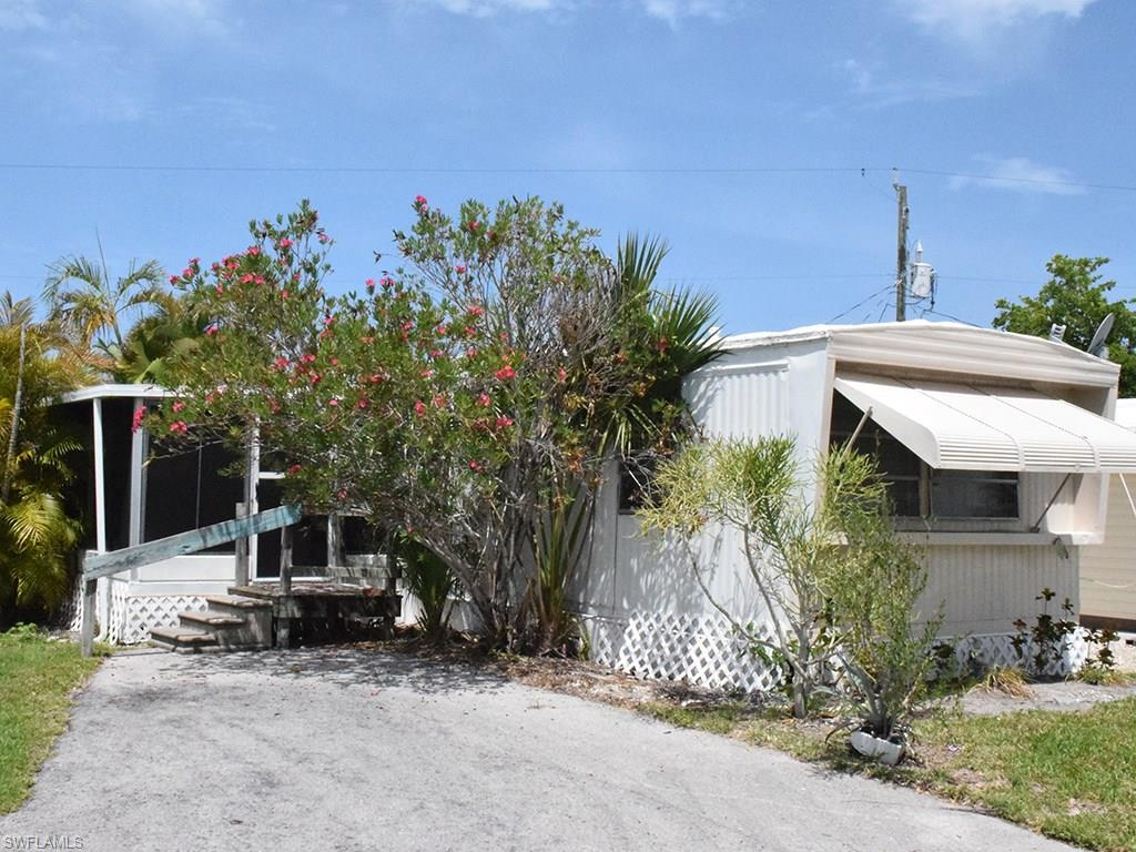 53 Oyster Bay LN, FORT MYERS BEACH, FL 33931