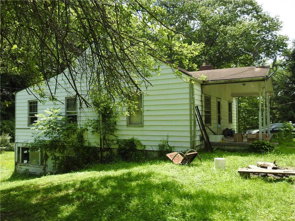 3474 Red Bud Hollow Road, Barboursville, WV 25504
