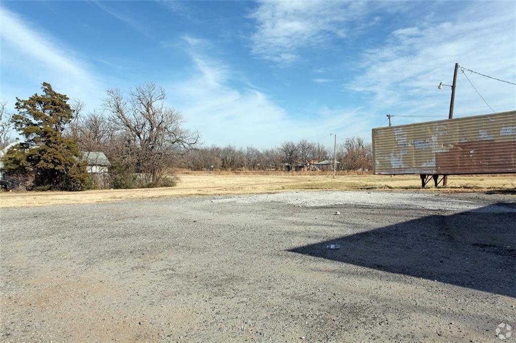 8320 N Western Avenue, Oklahoma City, OK 73114