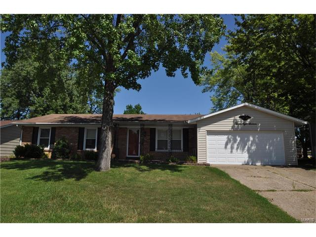 2816 Olde Worcester Drive, St Charles, MO 63301