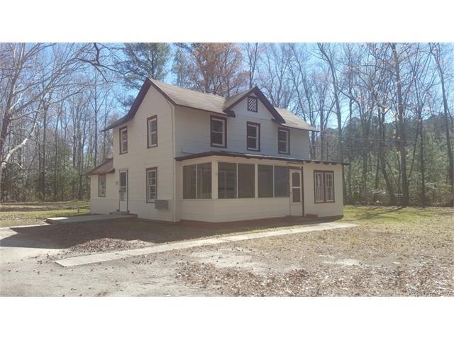 707 Chapel Neck Road, Mathews, VA 23128