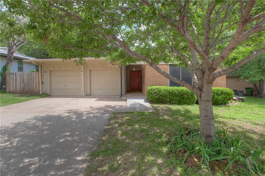536 Hurstview Drive, Hurst, TX 76053