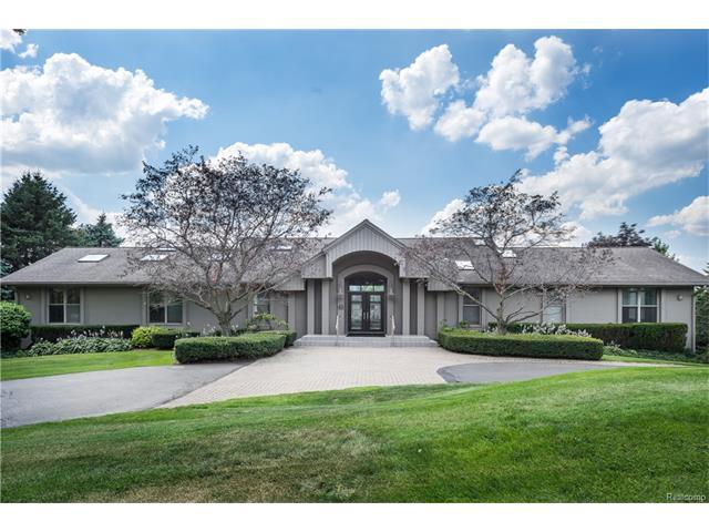 45 MERRIMAC Court, Bloomfield Hills, MI 48304