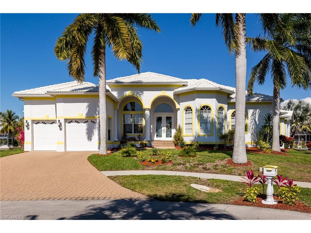 305 Henderson CT, MARCO ISLAND, FL 34145