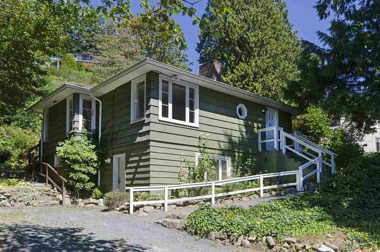 4051 ROSE CRESCENT, West Vancouver, BC V7V 2N6