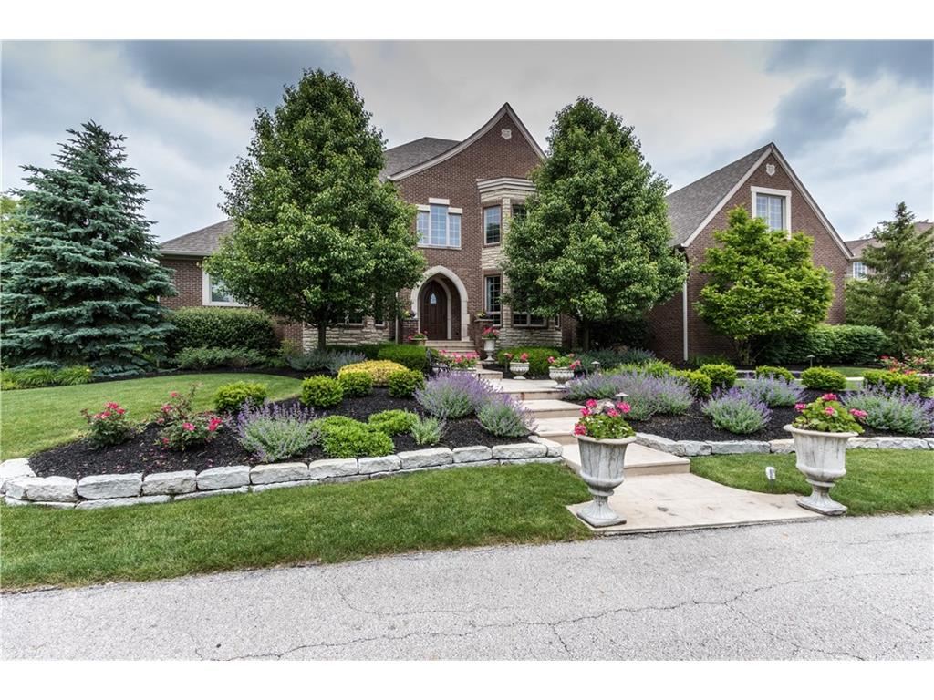 13879 Coldwater Drive, Carmel, IN 46032