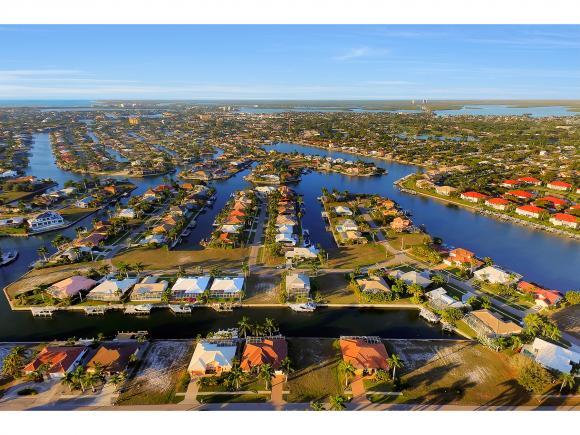 1068 COTTONWOOD 6, MARCO ISLAND, FL 34145