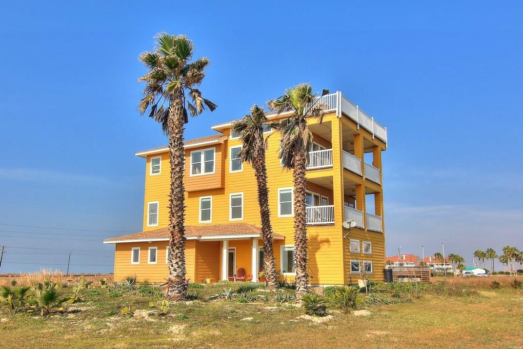 134 Mustang Island Estates Dr, Port Aransas, TX 78373
