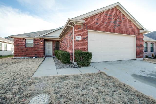 1218 Mallard Creek, Aubrey, TX 76227
